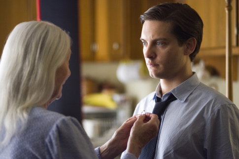 Tobey Maguire and Rosemary Harris in Spider-Man 3 (2007)