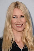 Claudia Schiffer's primary photo
