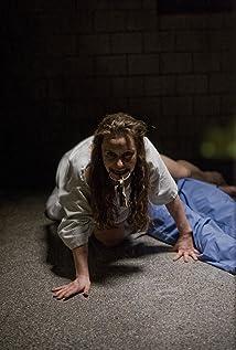 Aktori Olivia Horton
