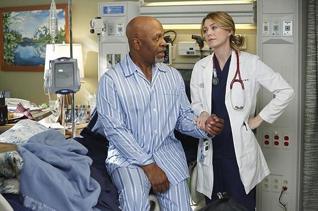 James Pickens Jr. and Ellen Pompeo in Grey's Anatomy (2005)
