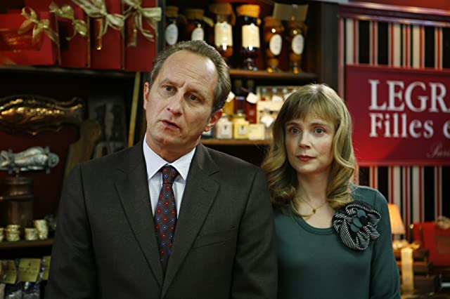 Isabelle Carré and Benoît Poelvoorde in Romantics Anonymous (2010)