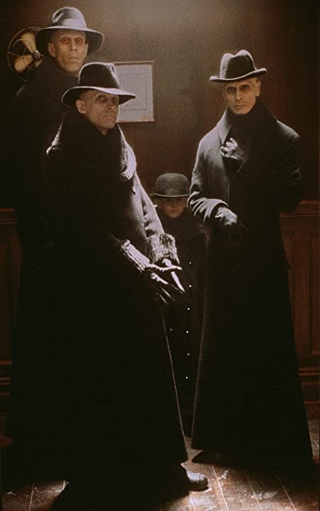 Richard O'Brien and Bruce Spence in Dark City (1998)
