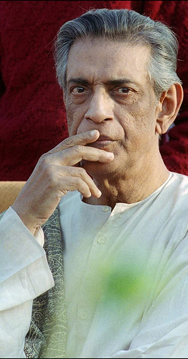 satyajit ray Satyajit ray: filmmaker ray, 70, oscar winner, dies:- friday, april 24, 1992 satyajit ray, the oscar-winning filmmaker whose tales of life in dirt-poor bengal, india, drew worldwide acclaim, died thursday at the age of 70.
