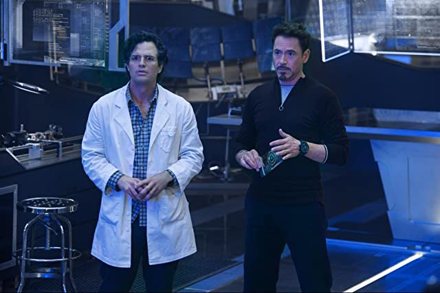 Robert Downey Jr. and Mark Ruffalo in Avengers: Age of Ultron (2015)