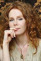 Image of Vivian Schilling