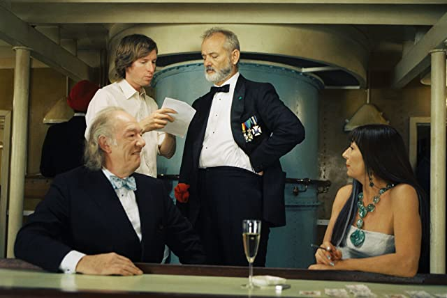Bill Murray, Anjelica Huston, Michael Gambon, and Wes Anderson in The Life Aquatic with Steve Zissou (2004)