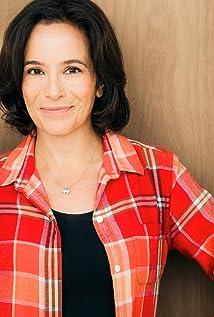 Aktori Jill Remez