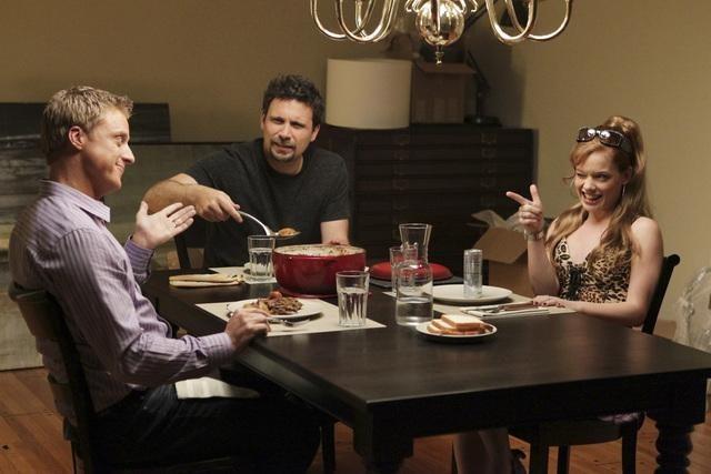 Jeremy Sisto, Alan Tudyk, and Jane Levy in Suburgatory (2011)