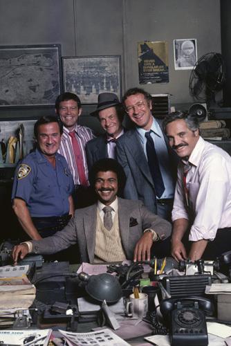 Ron Carey, Max Gail, Ron Glass, James Gregory, Steve Landesberg, and Hal Linden in Barney Miller (1974)