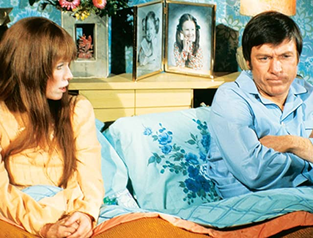Louise Lasser and Greg Mullavey in Mary Hartman, Mary Hartman (1976)