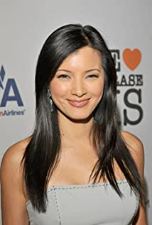 Kelly Hu - 2017 Black hair & chic hair style. Current length:  medium long hair (shoulder length)