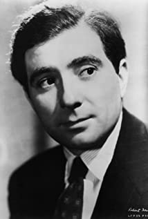 Robert Newton Picture
