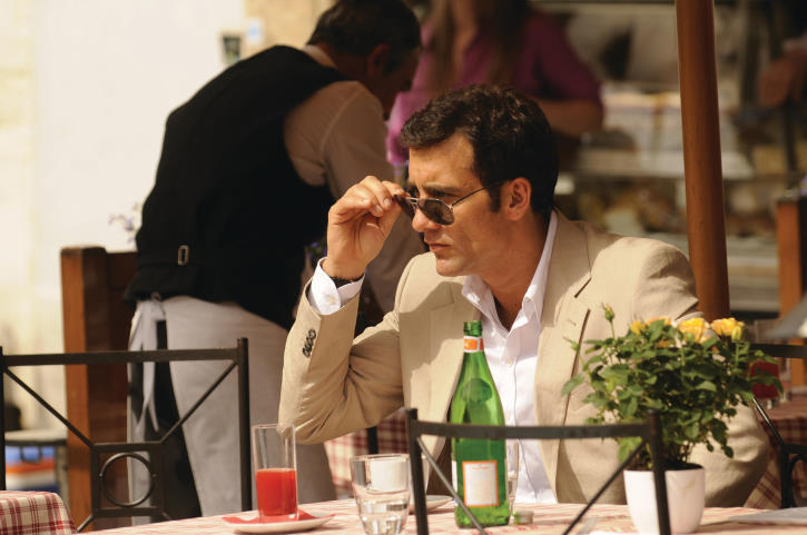 Clive Owen in Duplicity (2009)