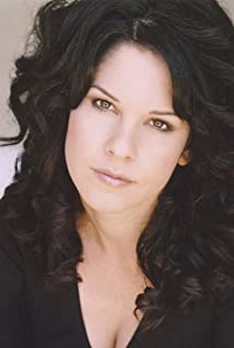 Dana Dewes Picture