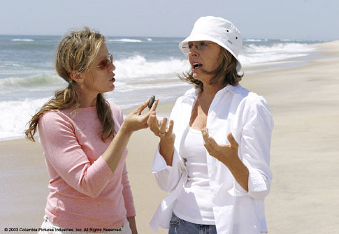 Diane Keaton and Frances McDormand in Something's Gotta Give (2003)