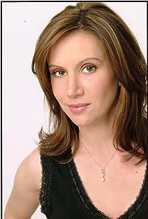 Aktori Larissa Laskin
