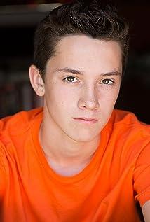 Aktori Griffin Cleveland