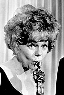 Estelle Parsons Picture