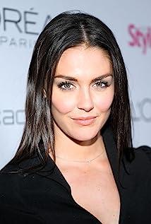 Aktori Taylor Cole