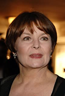 Isla Blair Picture