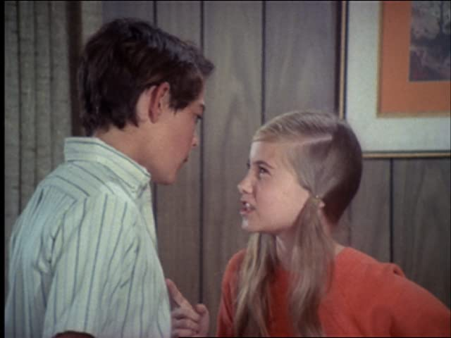 Maureen McCormick and Barry Williams in The Brady Bunch (1969)