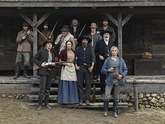 Kevin Costner, Tom Berenger, Powers Boothe, Noel Fisher, Sarah Parish, Noah Taylor, Matt Barr, Damian O'Hare, Christopher Hatherall, Greg Patmore, and Boyd Holbrook in Hatfields & McCoys (2012)