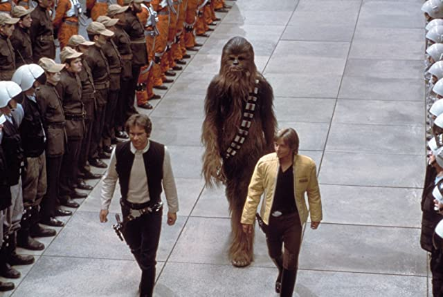 Harrison Ford, Mark Hamill, and Peter Mayhew in Star Wars: Episode IV - A New Hope (1977)