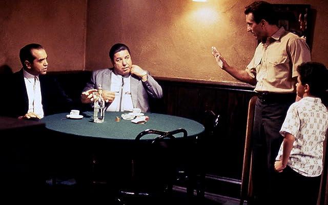 Robert De Niro, Chazz Palminteri, Francis Capra, and Clem Caserta in A Bronx Tale (1993)