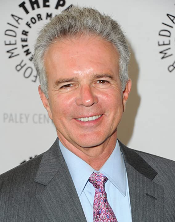 Tony Denison at The Closer (2005)