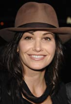Gina Gershon's primary photo
