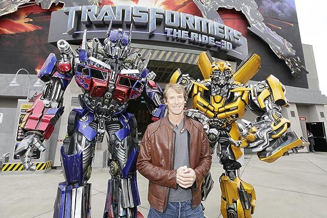 Michael Bay at Transformers (2007)