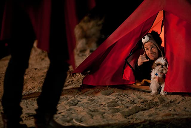 Sam Rockwell and Bonny in Seven Psychopaths (2012)