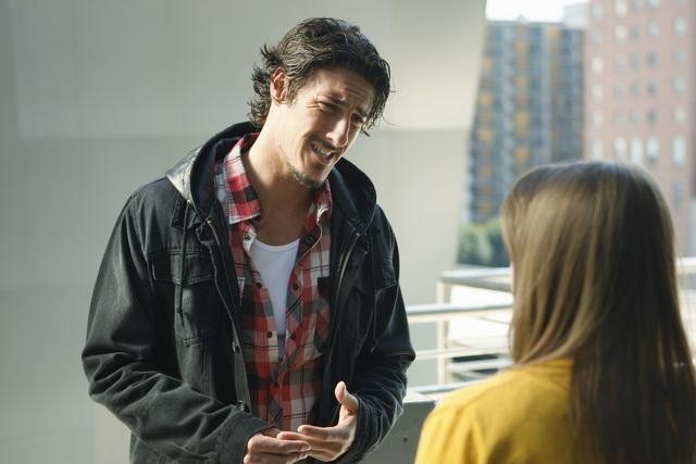 Eric Balfour and Kay Panabaker in No Ordinary Family (2010)