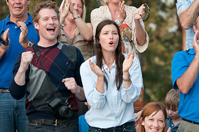 Jessica Biel and James Tupper in Playing for Keeps (2012)