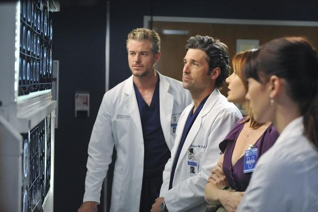 Patrick Dempsey, Eric Dane, Chyler Leigh, and Holley Fain in Grey's Anatomy (2005)