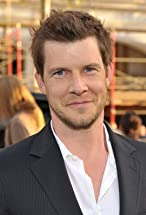 Eric Mabius's primary photo