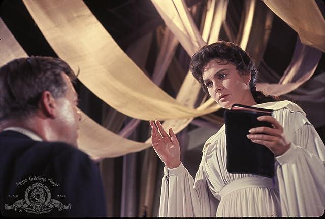 Jean Simmons and Rex Ingram in Elmer Gantry (1960)