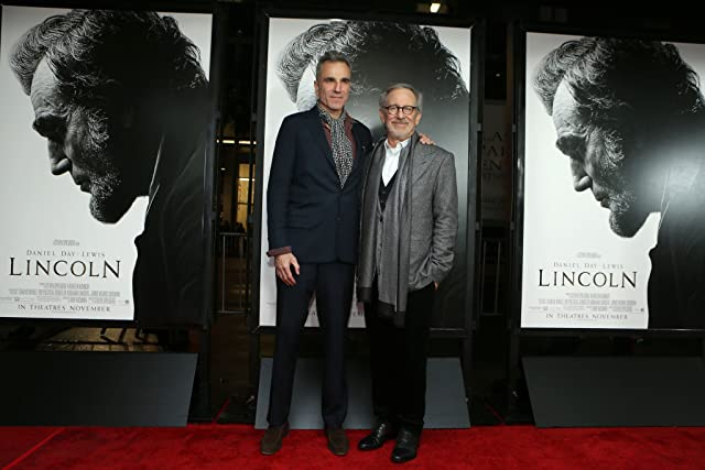 Steven Spielberg and Daniel Day-Lewis at Lincoln (2012)