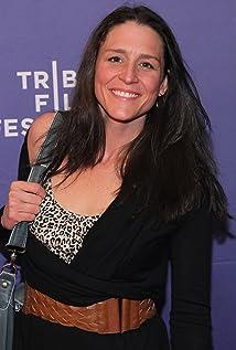 Aktori Geneviève Laroche