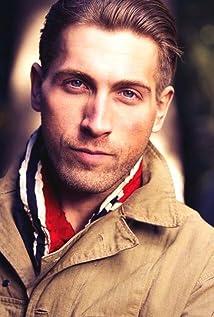 Aktori Steven Luke