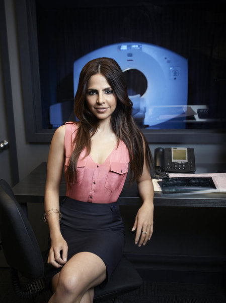Azita Ghanizada in Alphas (2011)