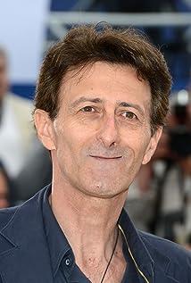 Aktori Nando Paone