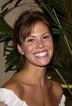 Nikki Cox's primary photo