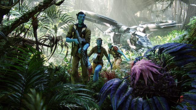 Sigourney Weaver and Sam Worthington in Avatar (2009)