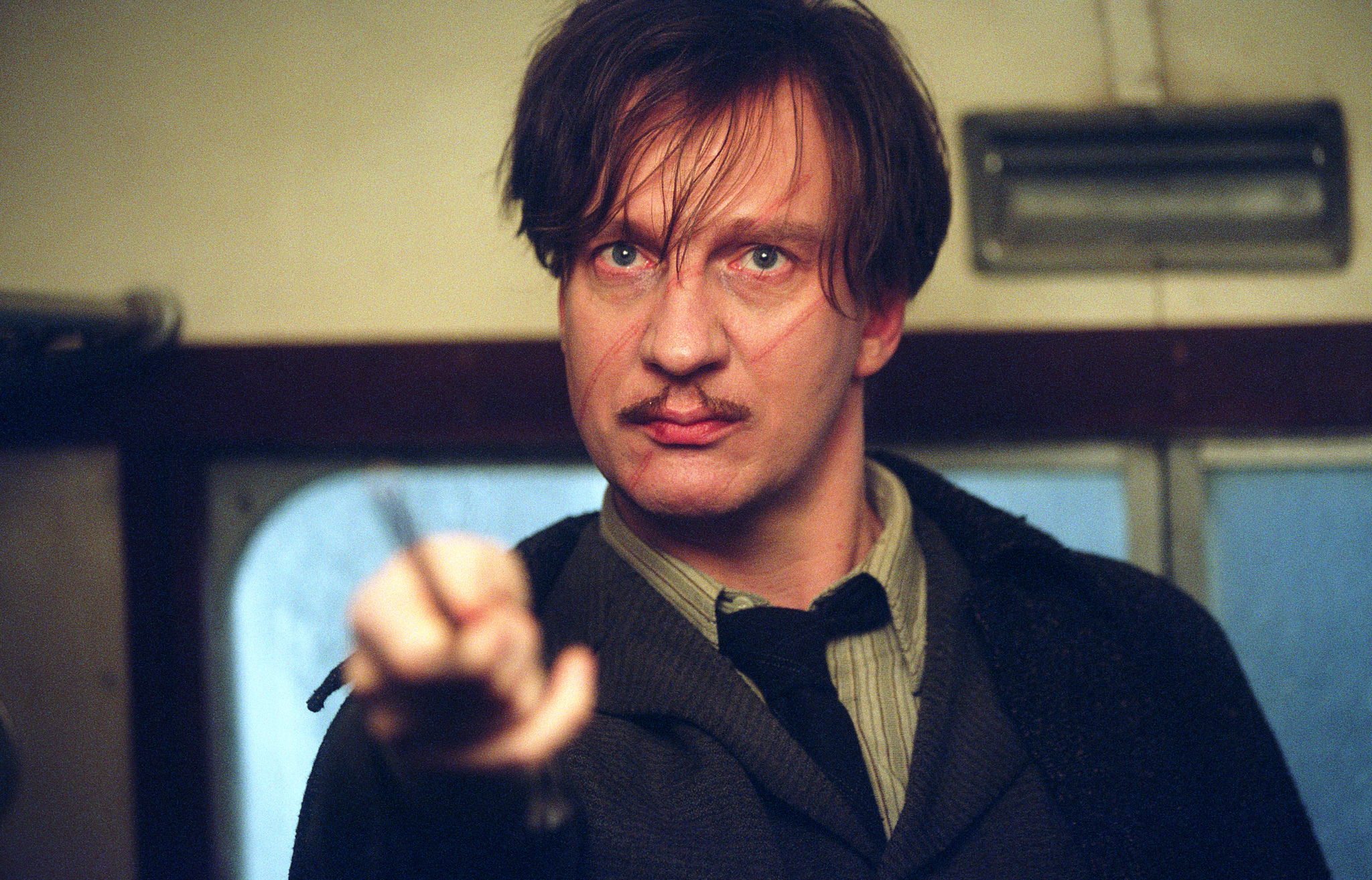 scary good our favorite werewolves  david thewlis in harry potter and the prisoner of azkaban 2004