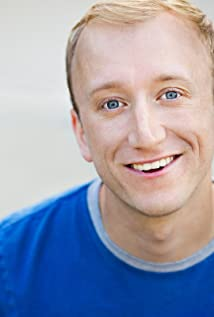 Aktori Tom Saporito