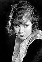 Mae Marsh's primary photo