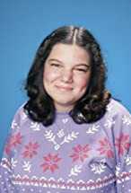 Mindy Cohn's primary photo