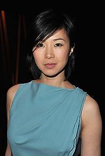 Aktori Linh Dan Pham