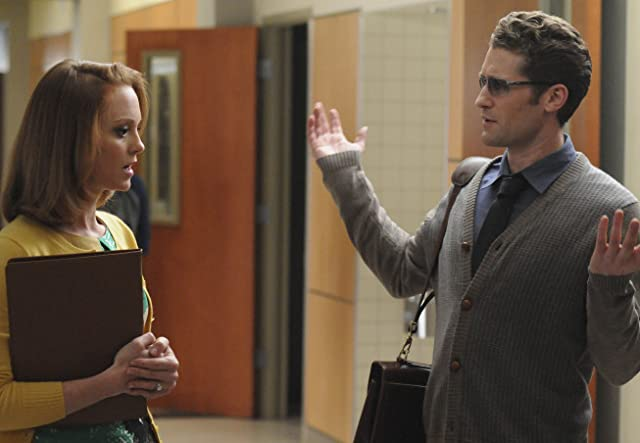Matthew Morrison and Jayma Mays in Glee (2009)
